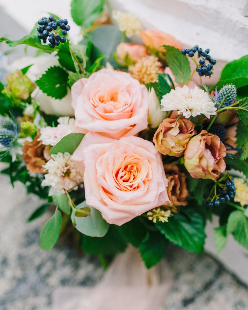 maryland flowers, local flowers baltimore, sustainable wedding baltimore, baltimore wedding florist, violet floral designs, mt washington mill dye house, baltimore weddings, peach wedding, coral wedding, baltimore wedding inspiration, local flowers, lisianthus