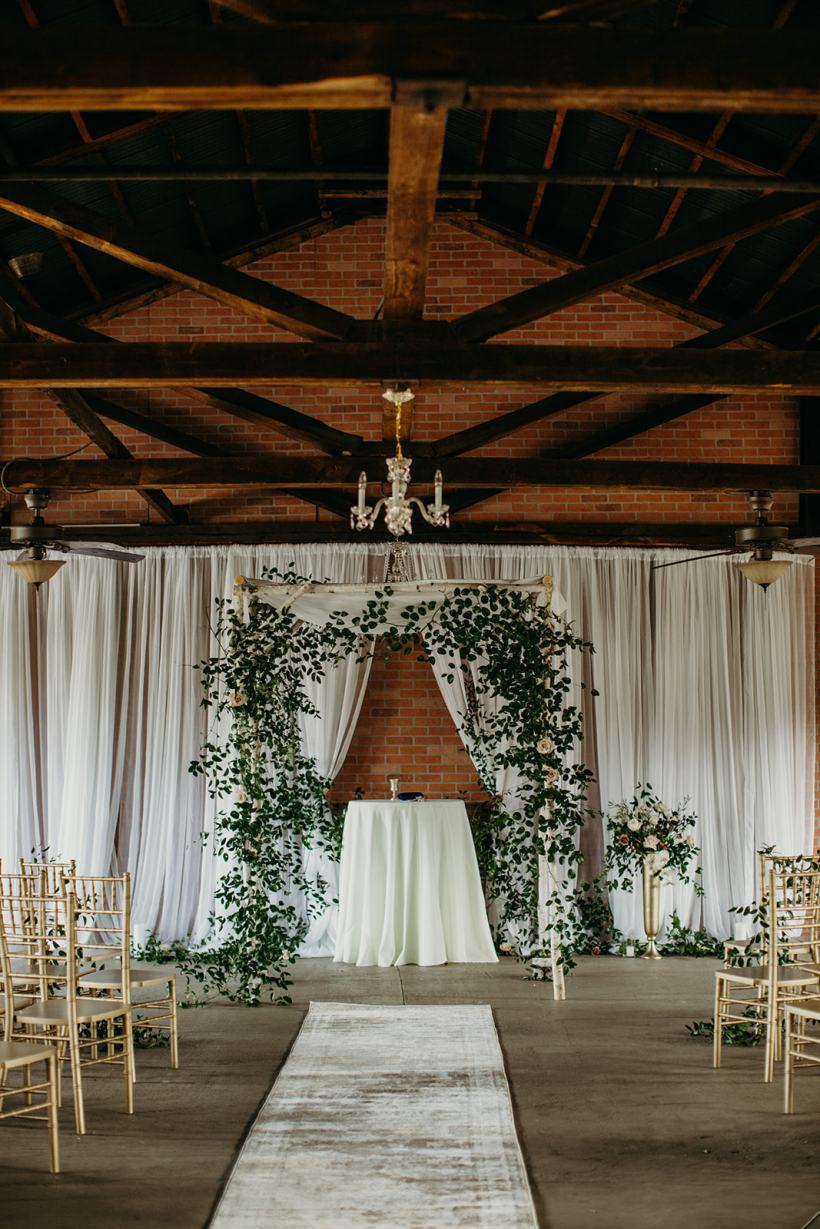 lindsey-paradiso-photography-silk-mill-elise-travis-wedding-9547_websize